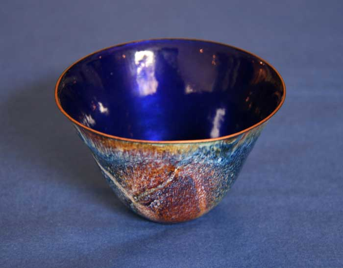 700x547-enamelled-blue-bowl